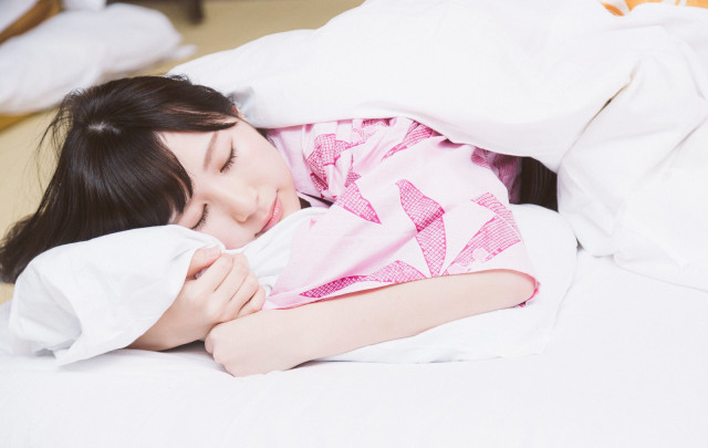 Jangan Lakukan Hal Ini Sebelum Tidur