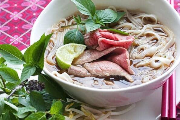 Sajian Makanan Vietnam yang Bisa Ditemui di Indonesia